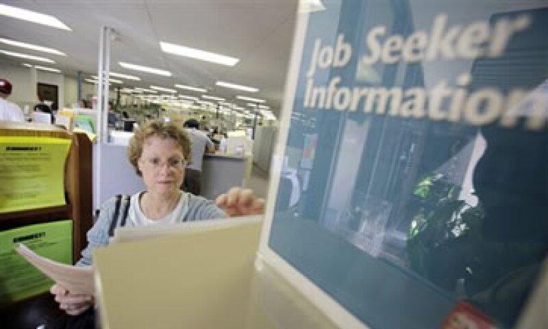 En lo que va de 2011, los empleadores han anunciado 312,220 recortes. (Foto: AP)