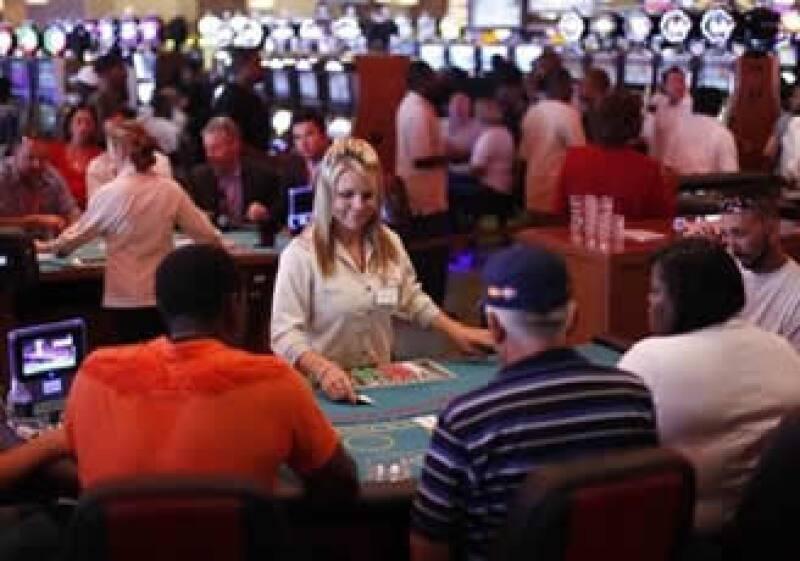 Una excesiva dependencia de los casinos en EU puede ser peligrosa para la economía de los estados. (Foto: AP)