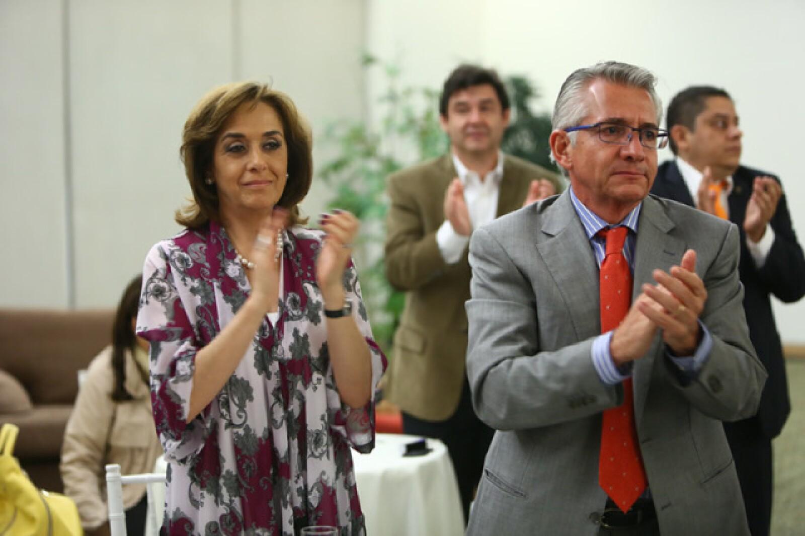 Beatriz Ruelas y Carlos Fernández