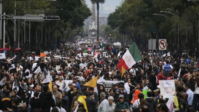 Ayotzinapa marcha Reforma