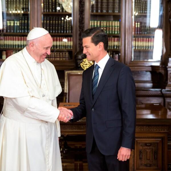 El papa Francisco y el presidente Enrique Peña Nieto sostuvieron un encuentro privado antes de pronunciar sus discursos.