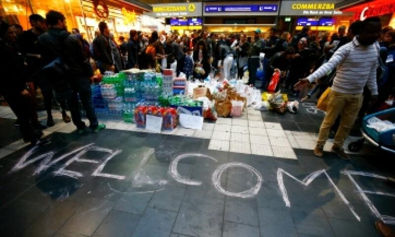 Ciudadanos europeos han dado la beinvenida a los refugiados sirios a sus países. (Foto: Reuters/Archivo)
