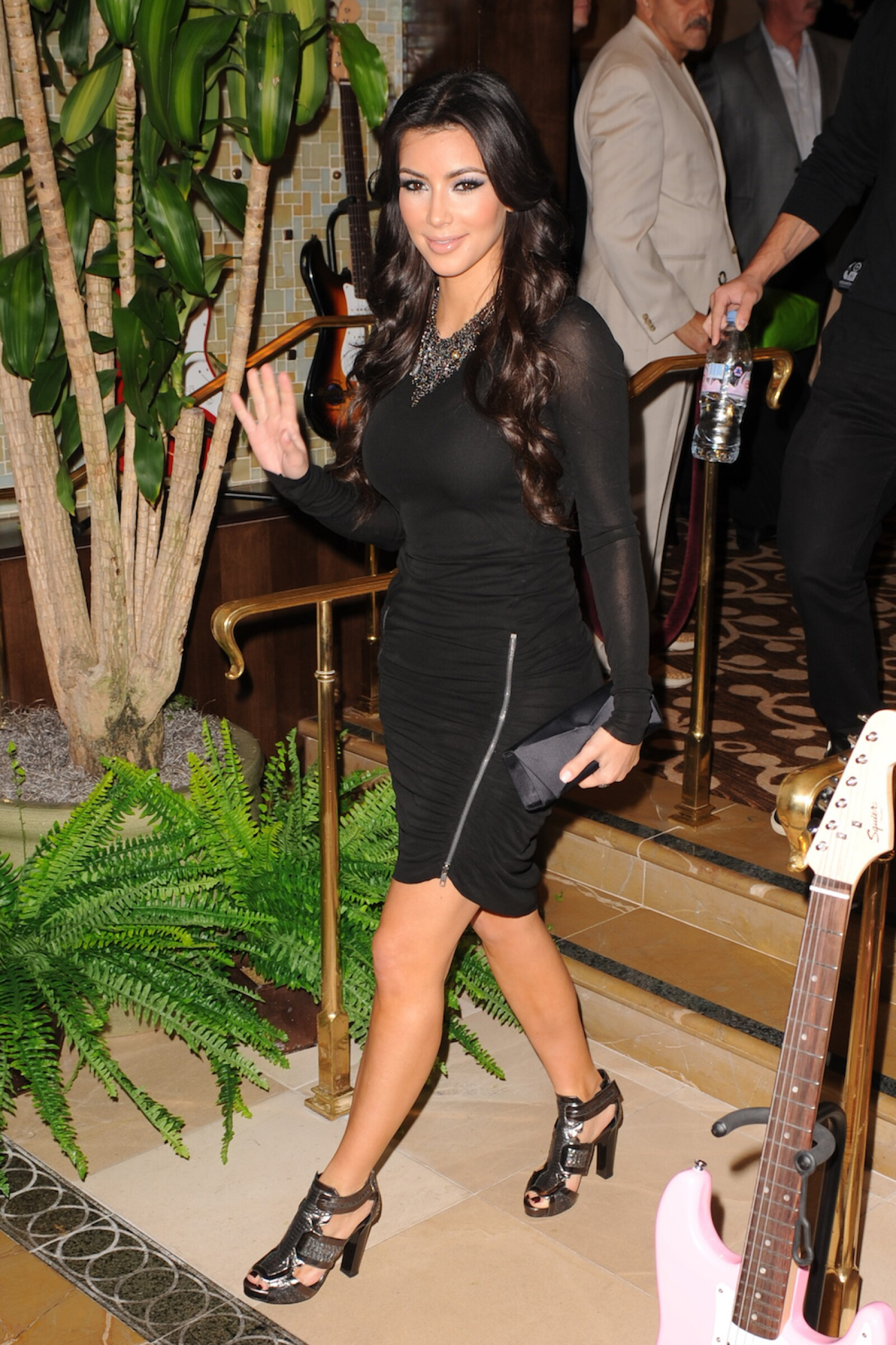 Kim Kardashian Poses At Seminole Hard Rock Hotel And Casino