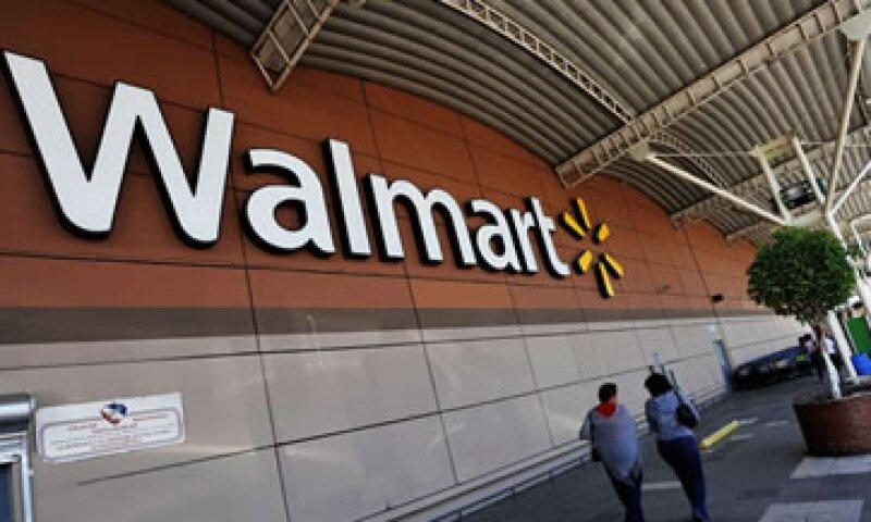 Sam Walton abrió el primer Wal-Mart en 1962, y actualmente la firma es dirigida por su hijo, Rob Walton. (Foto: Getty Images)