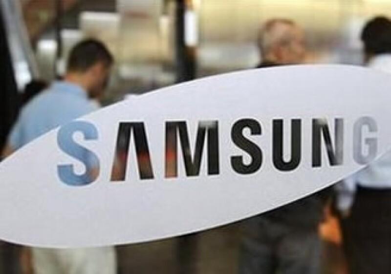 Samsung es uno de los fabricantes de teléfonos inteligentes con un crecimiento más rápido gracias al éxito de Android. (Archivo)