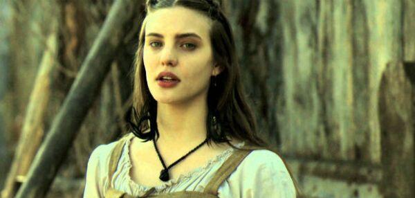 Macarena en una de las primeras imágenes de la serie de época Sitiados.