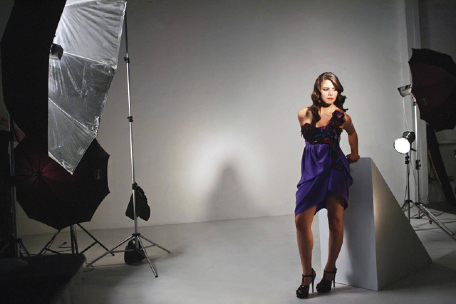 Paulina se portó muy sencilla durante el shooting de las `10 niñas más guapas´ de la revista Quién.