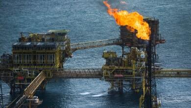 Petróleo inversiones combustibles fósiles energías renovables