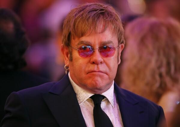 Durante una entrevista para la BBC de londres, la leyenda del pop aseguró que los concursantes de dicho programa son personas insignificantes que no están preparados para tener éxito.
