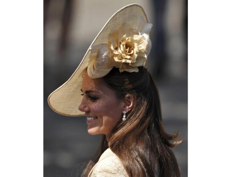 La asociación californiana ha reconocido a la princesa por su buen gusto en el uso de sombreros.