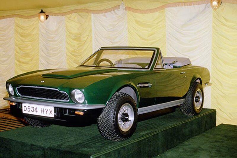 Este es el vehículo deportivo que William heredará a su hijo, ¡no podemos esperar por verlo conduciendo esta joya de auto!