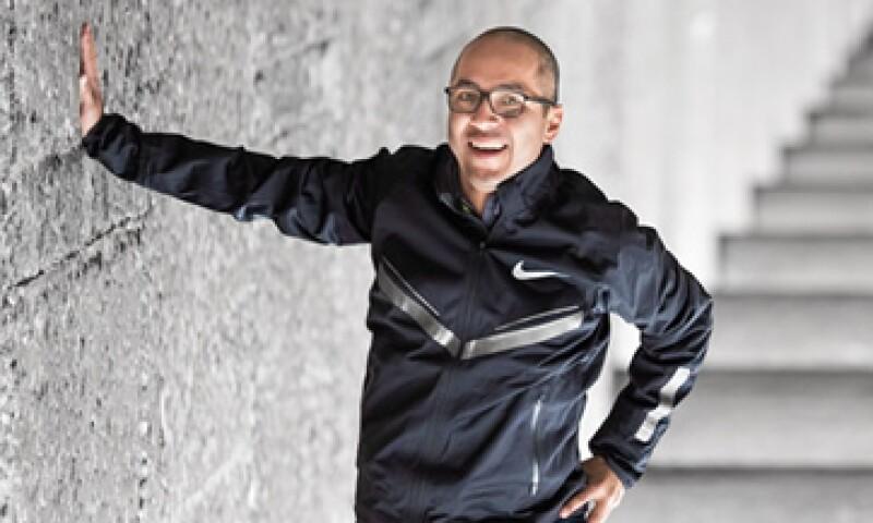 Luis Godínez apostó por innovar la forma en la que los consumidores se prueban unos tenis. (Foto: Duilio Rodríguez y Jesús Almazán )