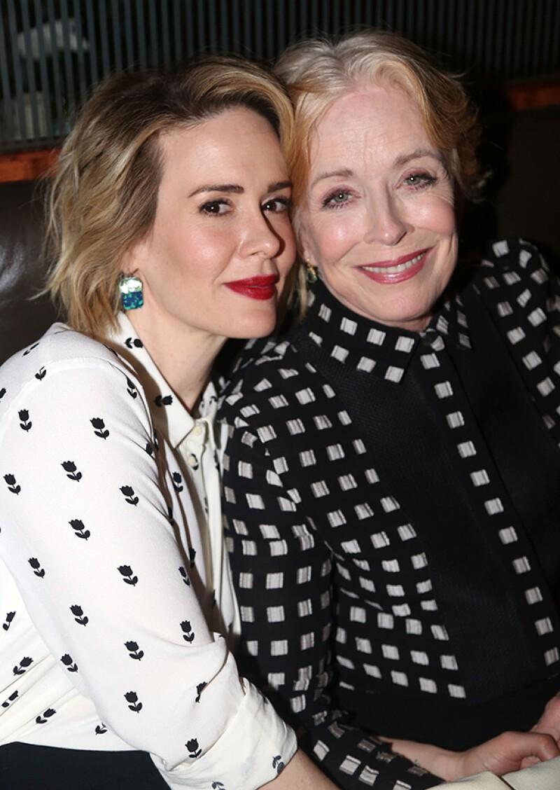 Se dice que la actriz mantiene una relación con Sarah Paulson, de 40 años.