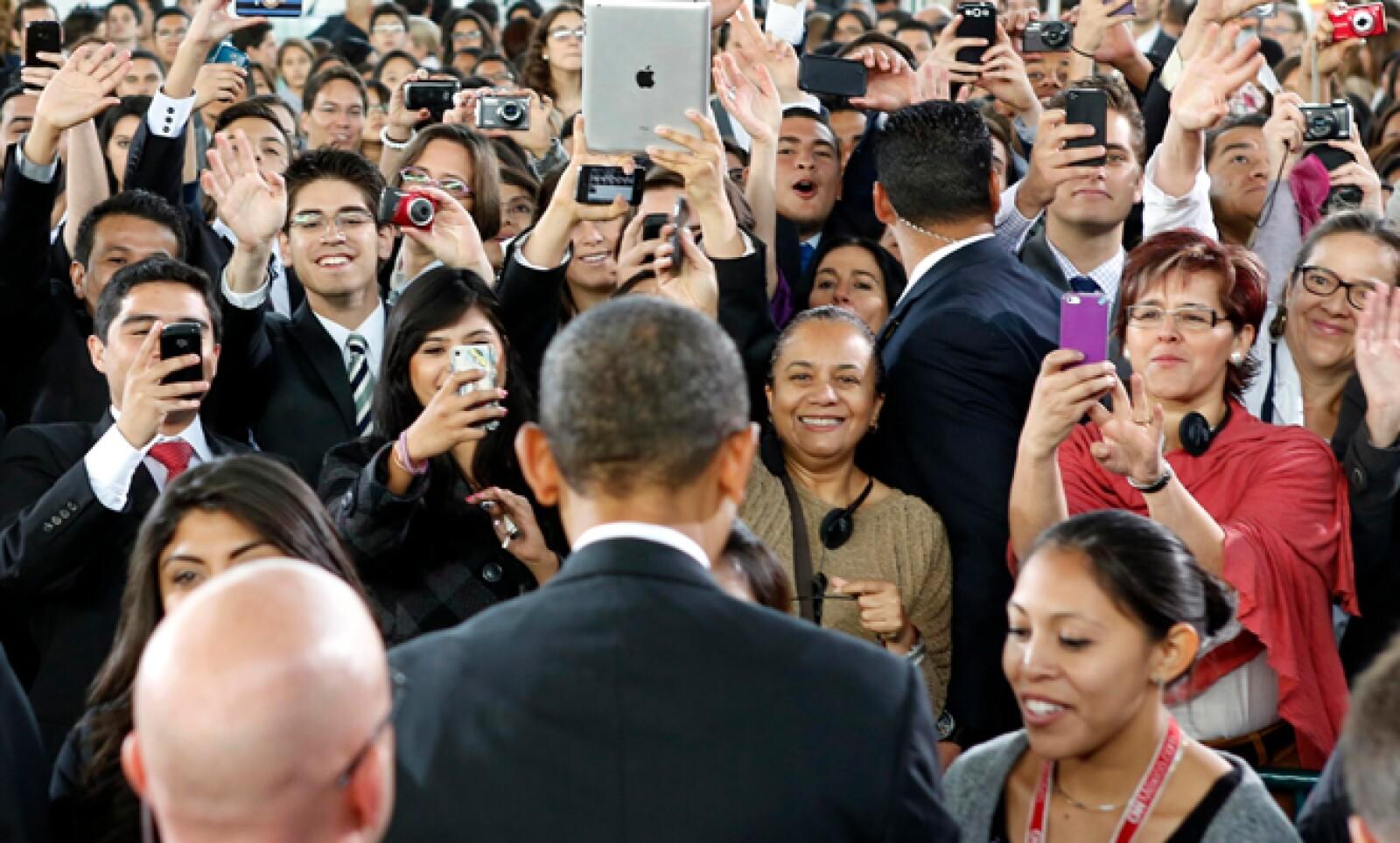 El presidente Barack Obama terminó su gira por México tras dictar un discurso ante estudiantes y académicos en el Museo de Antropología