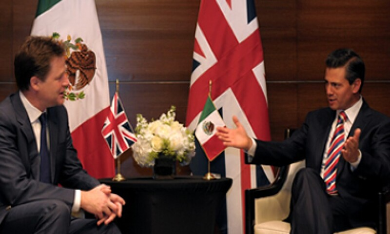 El presidente Enrique Peña Nieto se reunió con el viceprimer ministro Nick Clegg para buscal impulsar el comercio entre México y RU. (Foto: tomada de presidencia.gob.mx)