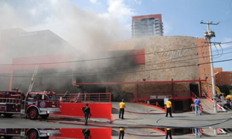El ataque que incendió el casino Royale provocó la muerte de 53 personas. (Foto: Notimex)