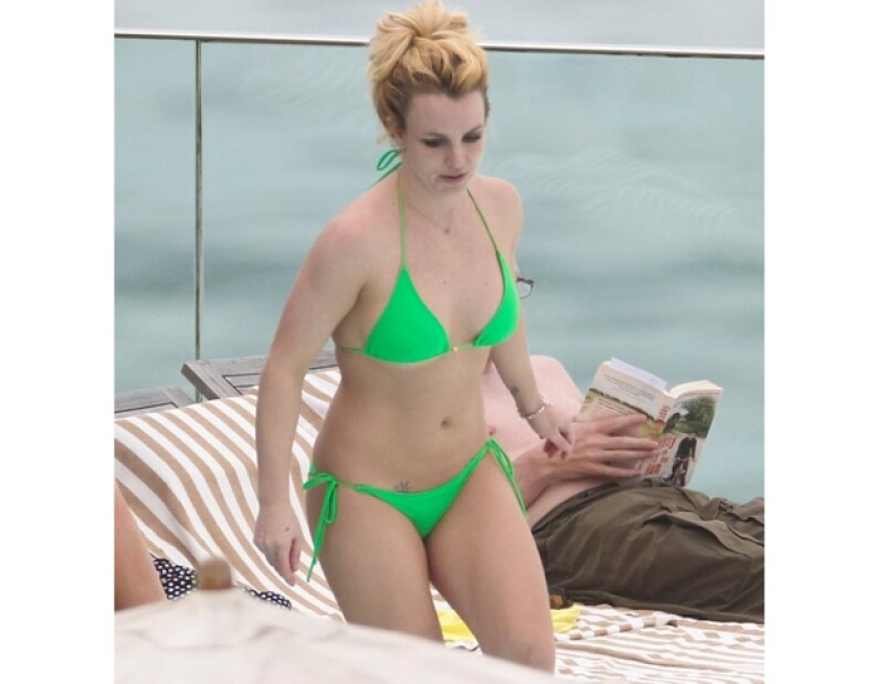 Parece que han quedado atrás los años esplendorosos de la Princesa del pop. Por ello aquí te hacemos el recuento de los altibajos que ha tenido en su peso.