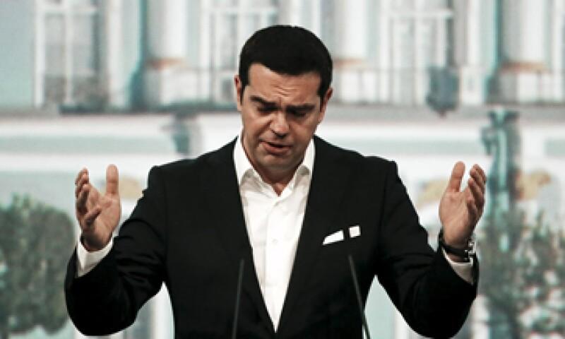 El Gobierno griego, dirigido por Alexis Tsipras, podría tener que decidir entre pagarle al FMI o a las jubilaciones y pensiones. (Foto: Reuters )