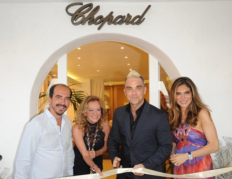Robbie Williams inaugura la nueva boutique de Chopard en Porto Cervo.