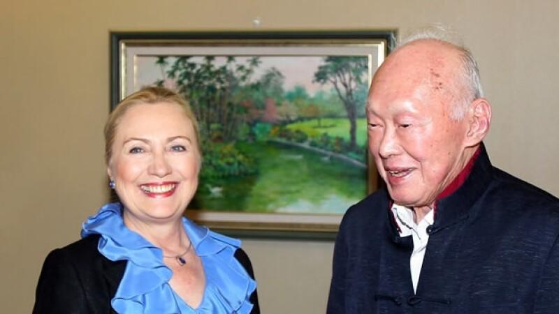 Lee Kuan Yew y Hillary Clinton
