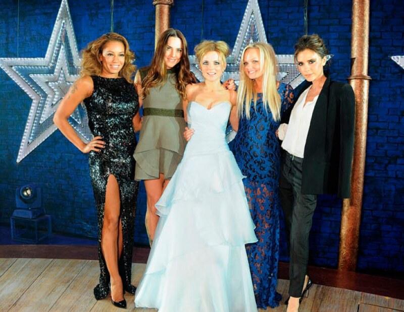 En el 2013 las Spice Girls no pudieron llevar  a cabo su gira mundial debido a que Victoria se negó.
