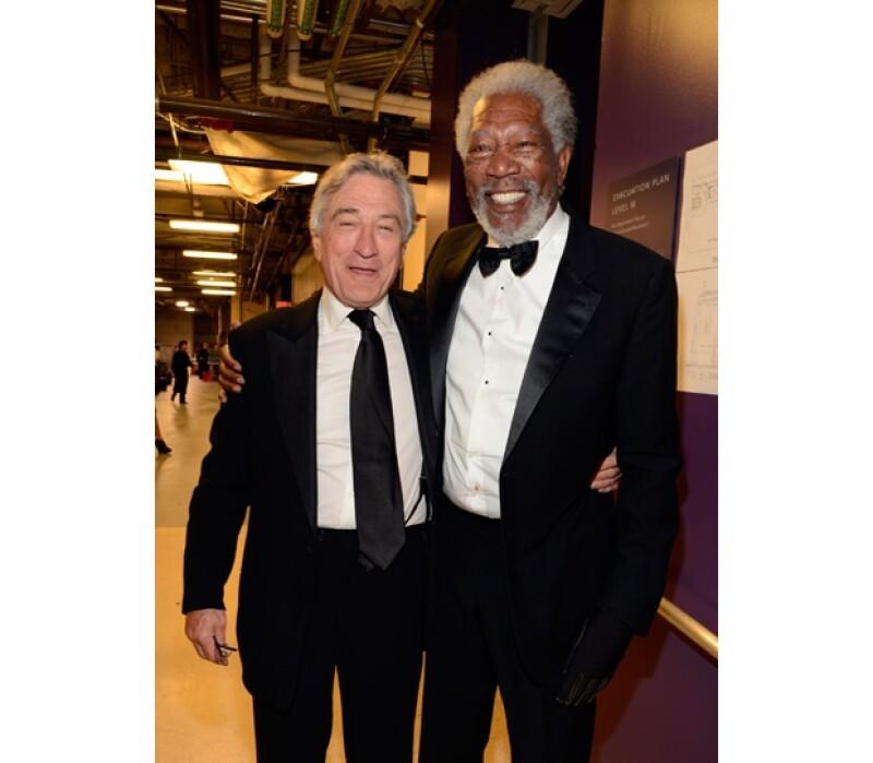 Robert DeNiro y Morgan Freeman fueron vistos en backstage de lo más divertidos.