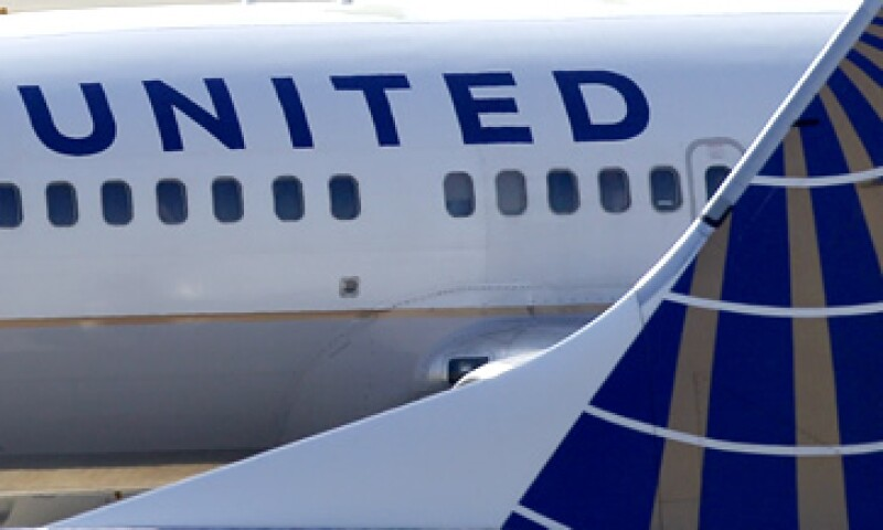 Continental Airlines operó el vuelo en un Boeing 737-800 de Houston a Chicago. (Foto: AP)