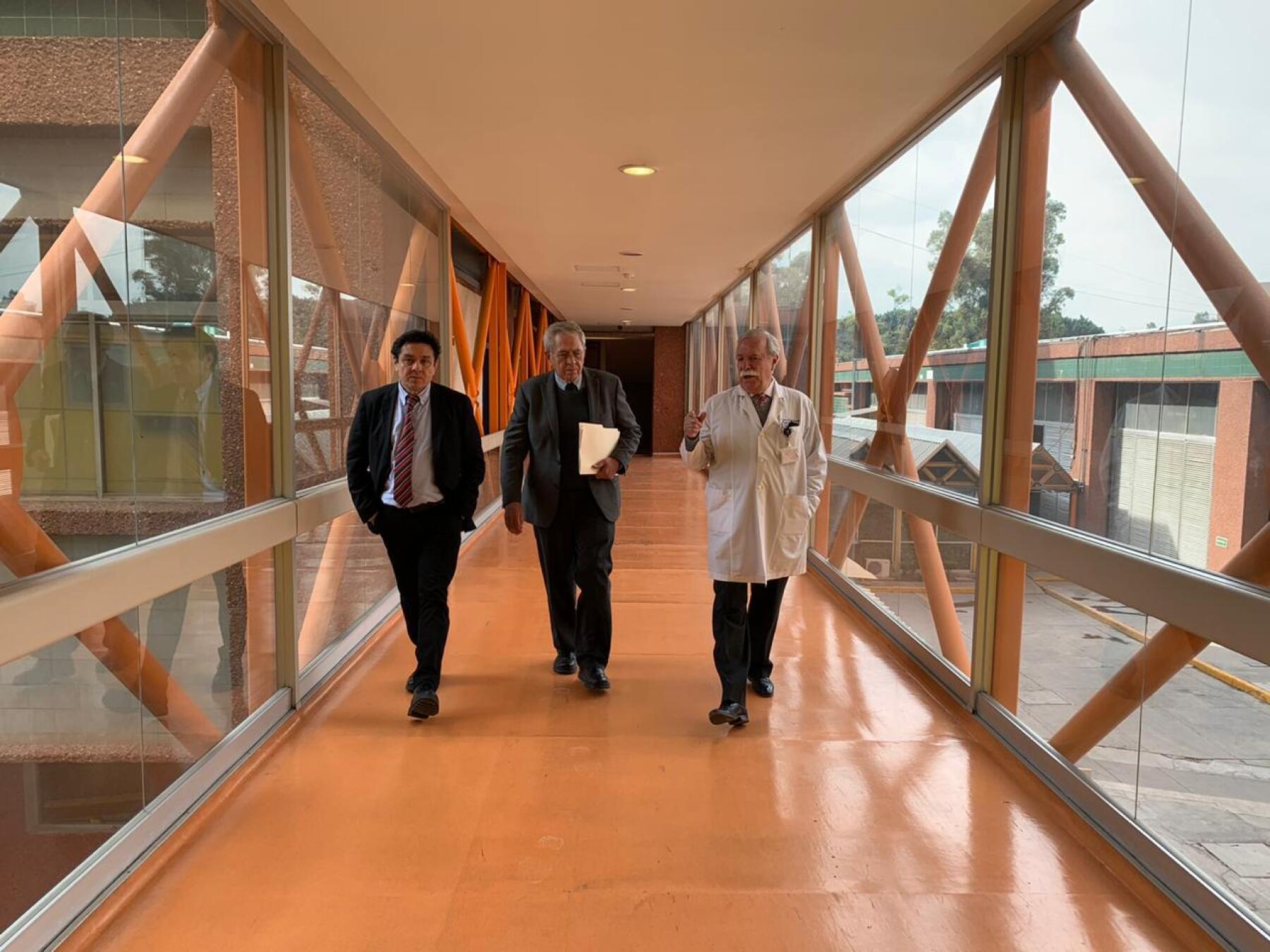 Reunión en Hospital Infantil de México