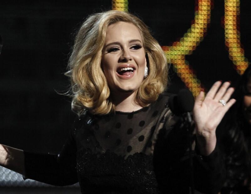 La cantante británica no ha reparado en gastos para tener todo listo cuando nazca su primogénito.