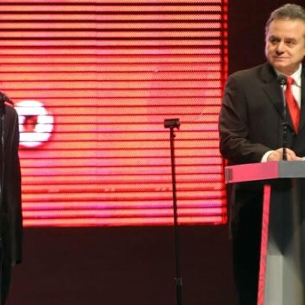 Enrique Peña Nieto protesta como candidato del PRI