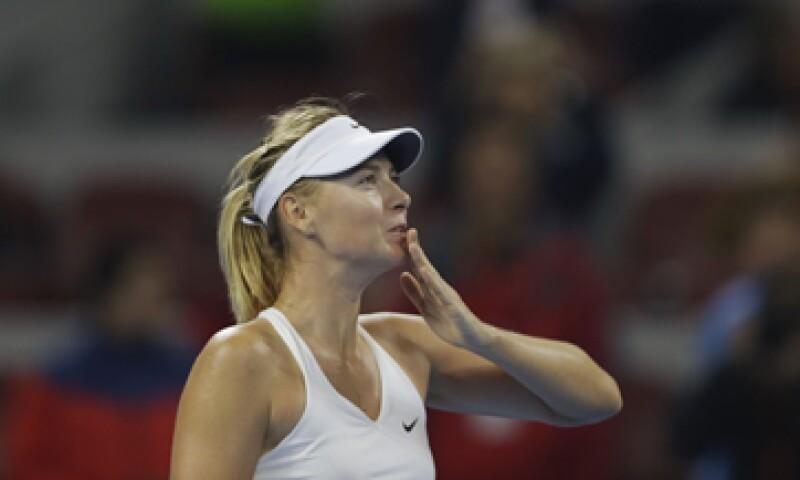 Sharapova ganó el torneo de Wimbledon en 2004. (Foto: Reuters)