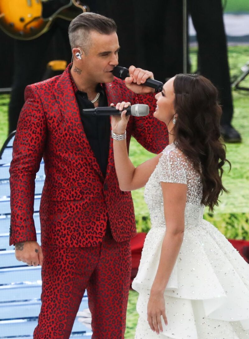 Robbie Williams y Aida Garifullina