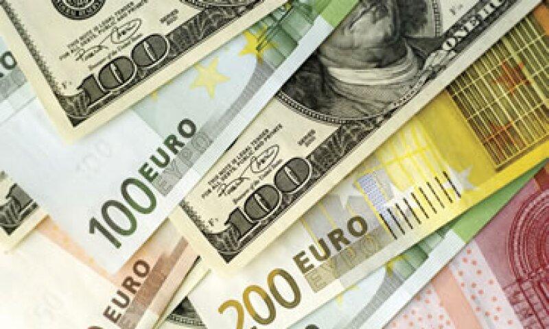 Geithner dijo que el FMI tiene recursos sustanciales que no están comprometidos. (Foto: Photos to Go)