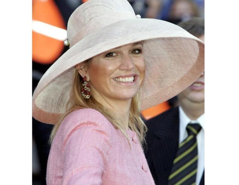"""El programa belga """"Royalty"""" realizó una encuesta y la Duquesa de Cambridge ocupó la primera posición en la terna """"La princesa más glamurosa de Europa""""."""