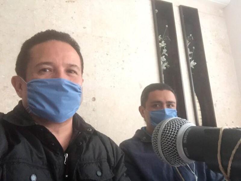 El periodista siguió trabajando aún con la enfermedad.