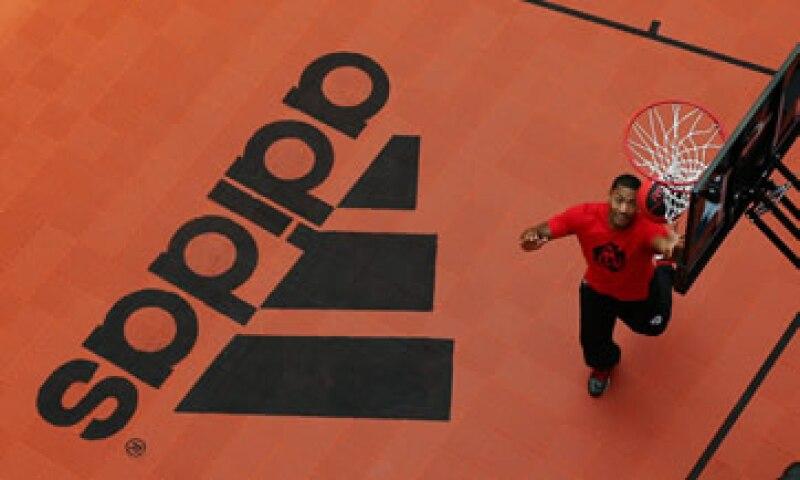 El contrato de Adidas con la NBA terminará al concluir la temporada 2016-2017. (Foto: Getty Images )