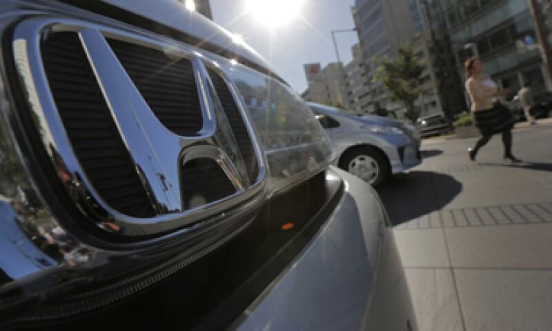 La pelea entre Tokio y Beijing por unas islas en el Mar del Este de China ya afectó a las automotrices niponas. (Foto: AP)