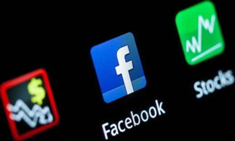 UBS AG reportó el 25 de mayo que sufrió pérdidas por cerca de 30 mdd derivadas de la decepcionante OPI de Facebook. (Foto: Reuters)