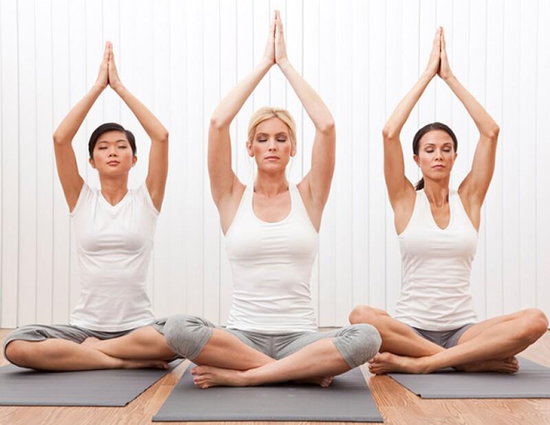 El Kundalini Yoga energiza el cuerpo y fortalece el sistema nervioso.