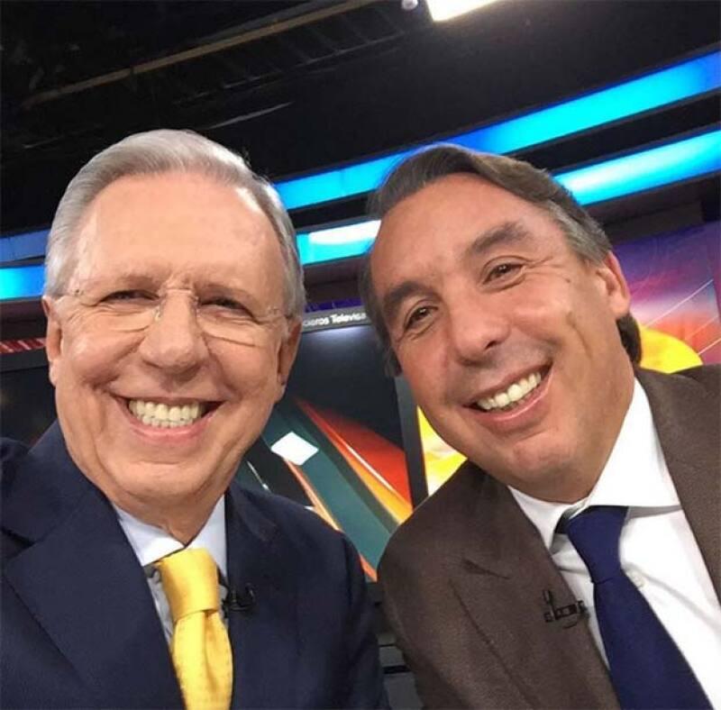 Con esta selfie le dio las gracias a Emilio Azcárraga.