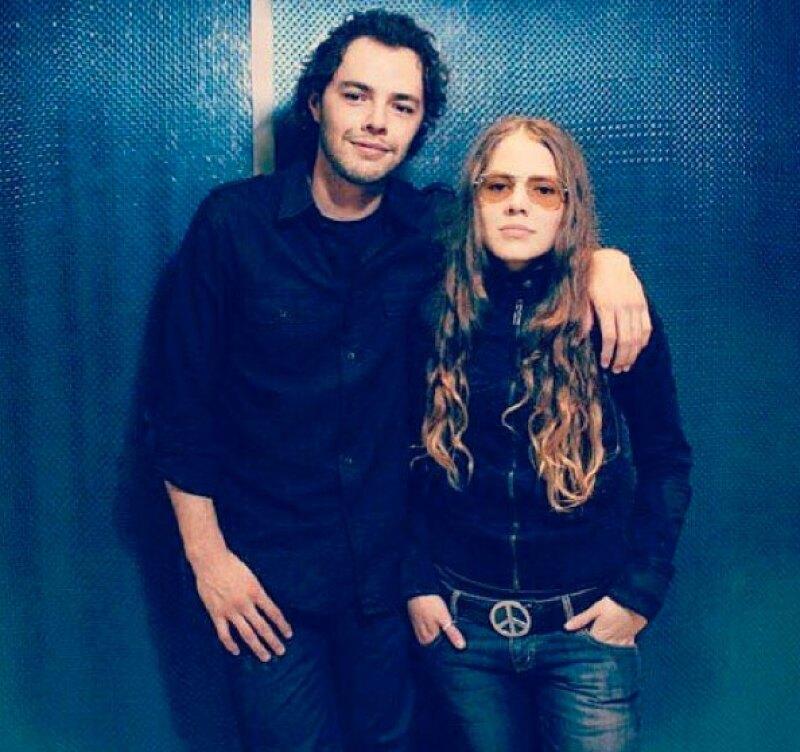 Jesse & Joy acaban de firmar con la disquera de Enrique Iglesias.