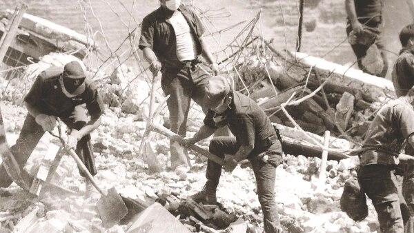 Topos 1985