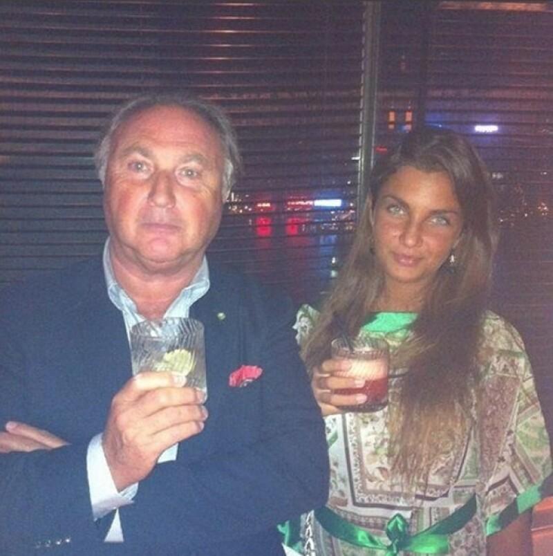 Elettra con su papá, el empresario Tonino Lamborghini, hijo del fundador de la automotriz.