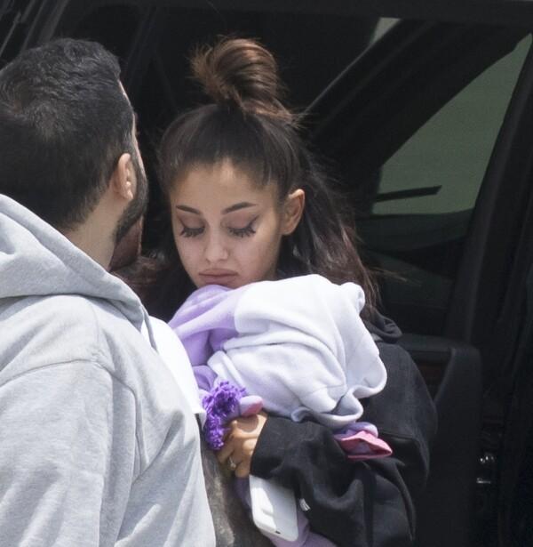 Ariana grande tras manchester