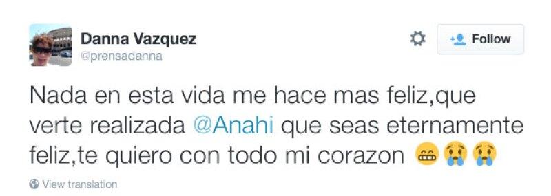 Danna Vázquez también felicitó a Anahí.