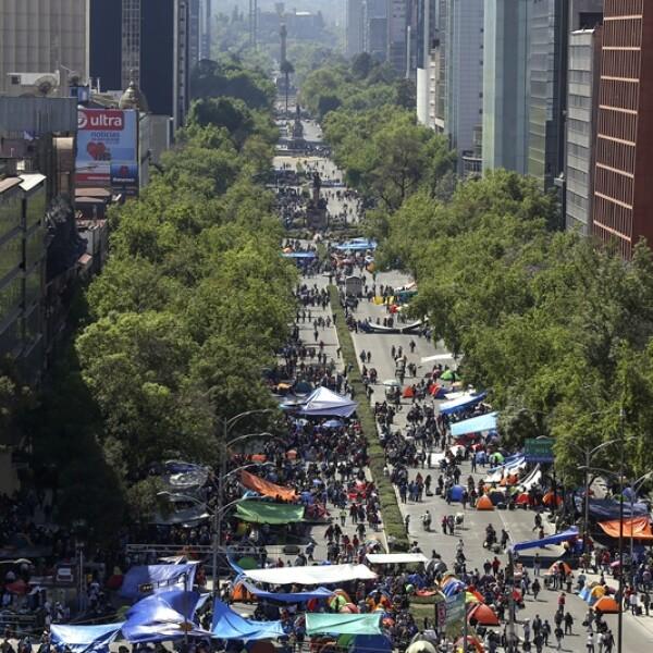 plantón CNTE Reforma 1