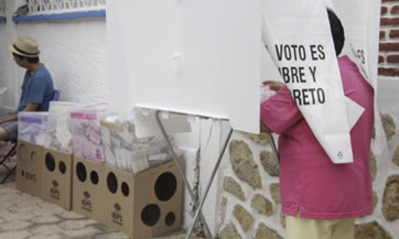"""33% de los CEO consultados opina que en las elecciones 2015 """"se ha castigado a los gobiernos federal y locales ineficientes"""". (Foto: Cuartoscuro)"""