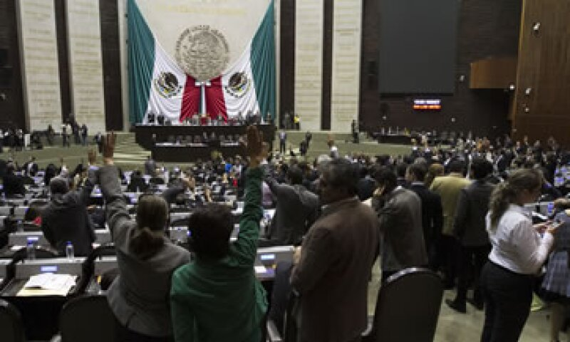 Antes de aprobar el Código Fiscal, los diputados aprobaron los cambios a la Ley Aduanera. (Foto: Notimex)