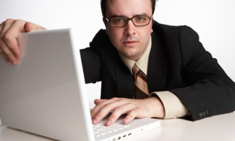La iniciativa de ley SOPA propone emitir órdenes judiciales en contra de sitios que promuevan o faciliten el robo de material protegido por derechos de autor. (Foto: ThinkStock)