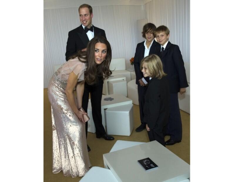 Kate tiene el mismo carisma que Lady Di para las causas benéficas.